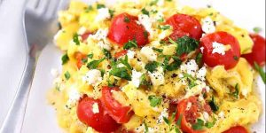 Roasted Tomatoes With Green Scrambled Eggs